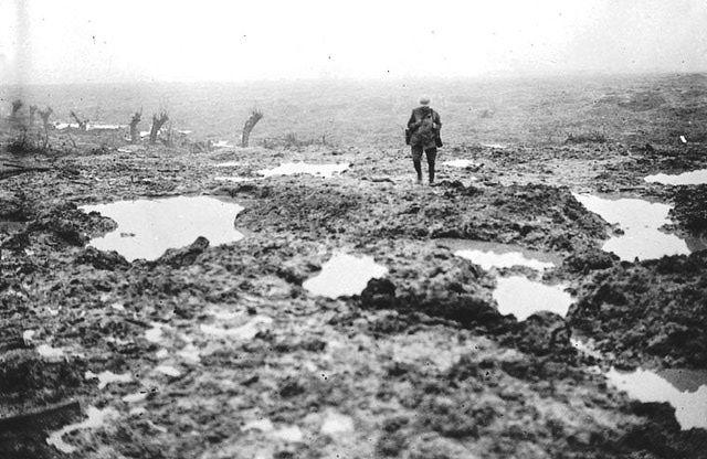 WWI - -The muddy battle fields at Passchendaele. Ref 7