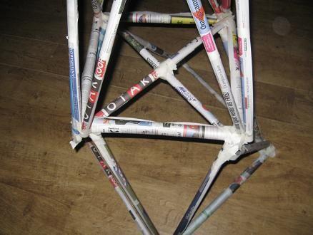 Sciencespace - Toren bouwen van kranten