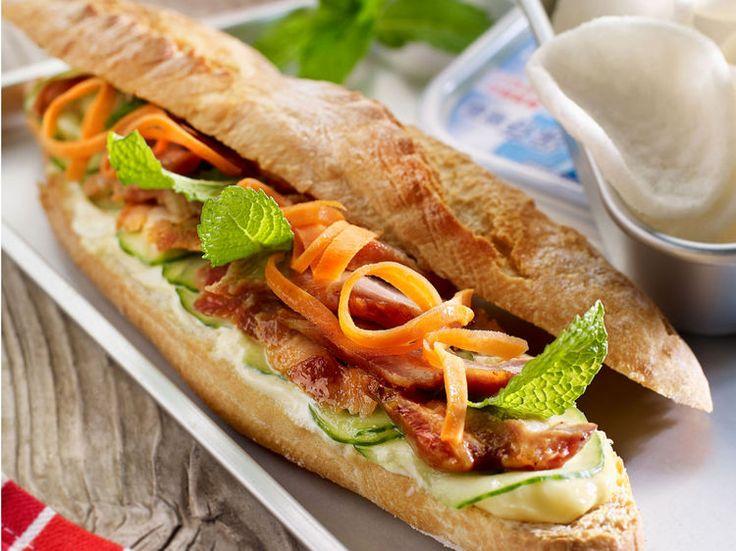 Avec les lectrices reporter de Femme Actuelle, découvrez les recettes de cuisine des internautes : Sandwich vietnamien au porc laqué