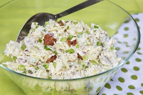 Salade de patates toute garnie #recettesduqc #salade #patate #bacon #fromage
