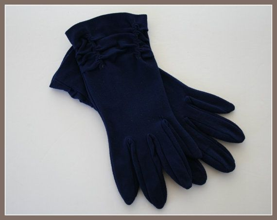 BLUE VINTAGE womes /ladies gloves, ruched, wrist, fingered, dark blue gloves, size about 7 - 8, from the 50s, 60s era