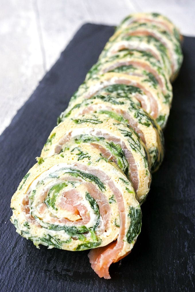 Low Carb Spinat-Lachs-Rolle - Fingerfood-Idee für Silvester