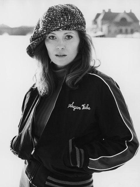 Faye Dunaway (1977)
