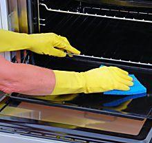 Astuce de grand-mère: comment nettoyer son four ?