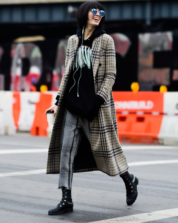 New York Fashion Week Street Style Continues To Slay Maletas