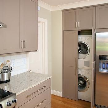 die besten 25 waschmaschinen berbauschrank ideen auf pinterest organisierte w scheschr nke. Black Bedroom Furniture Sets. Home Design Ideas