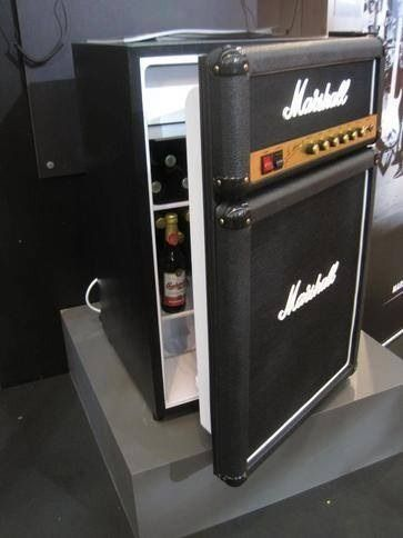 bluesfortheredson:  Marshall stack beer fridge…  Now thats a beer fridge.