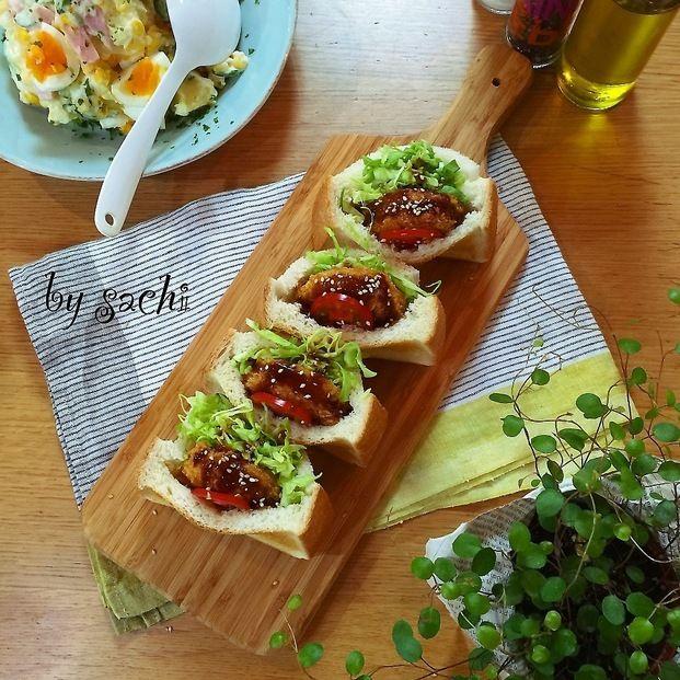 """行楽のお弁当は洋食派!という人におすすめなのが""""ポケサン""""です。作り方はいたって簡単。厚めの食パンにお好みの具材を詰めるだけなのでサンドイッチが苦手な人でも大丈夫!ゴージャス感があっておしゃれなのでお弁当が華やかになりますよ。是非お試しを♡"""