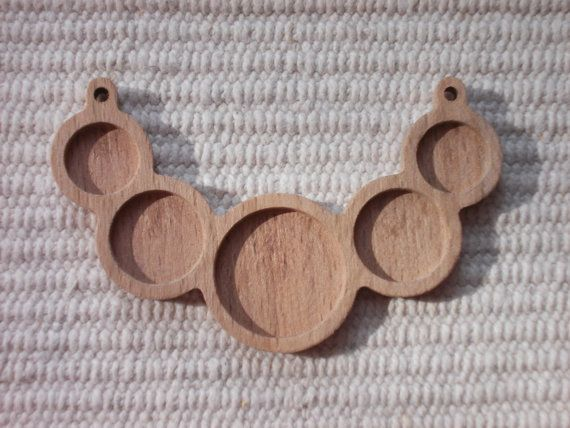 1 p unfinished 5 round wooden pendant tray with 25, 18, 14 mm cabochon frames,wooden blank jewellery supply,bezel cup,making jewellery  www.artwoodenstuff.com