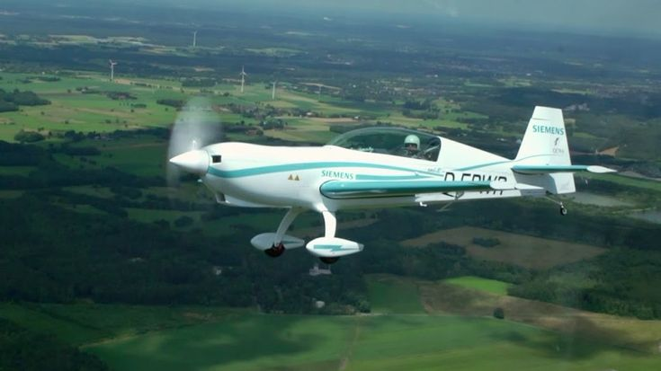 The Extra 330LE aerobatic plane — Electric Plane Using Siemens Motor Sets 2 New Speed Records. April 2017