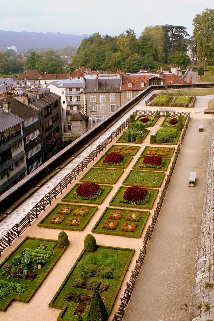 51 best Château de Pau (Pyrénées Atlantiques) images on Pinterest ...