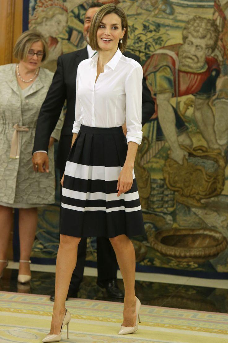 Bellisimo Look de Blusa y Falda