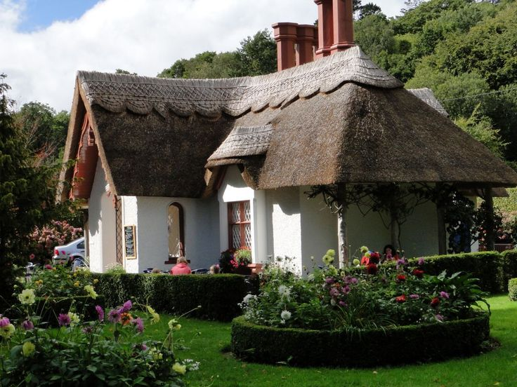 Architecture, Stunning Thatched Roof Cottages Design Photo: Stunning Desing  Tea House With Thatched Roof Killarney Ireland