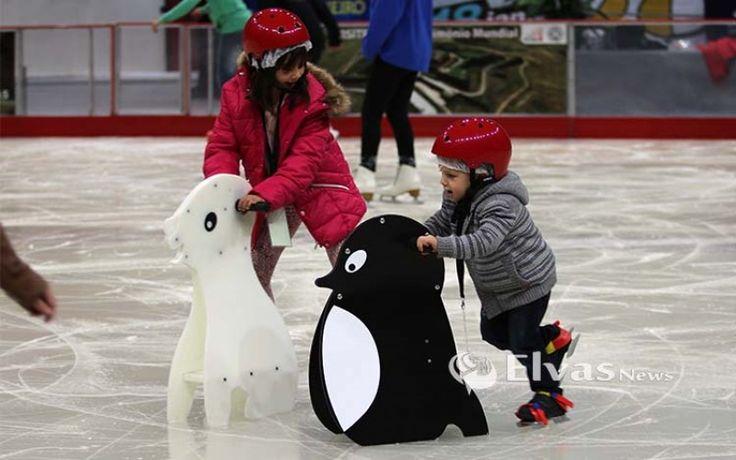 Pista de Gelo abriu portas e espera 25000 patinadores