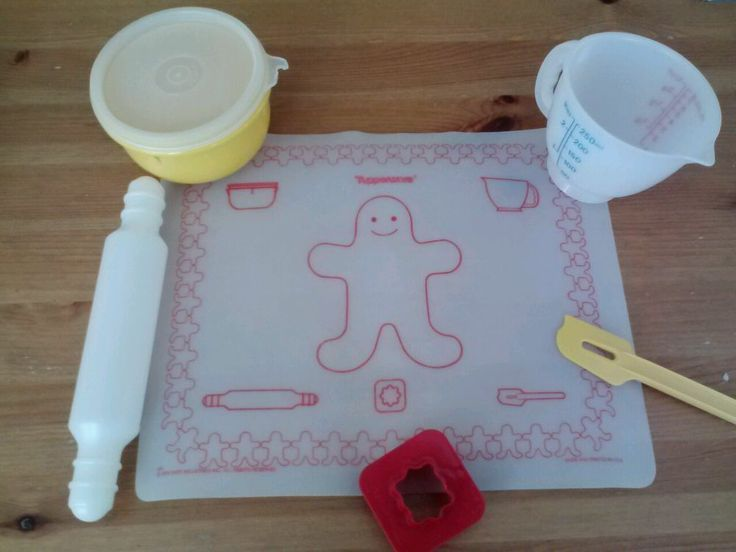 tupperware toys baking | Vintage Tupperware Tupper Toys 7 Piece Baking Set   Had this as a child.
