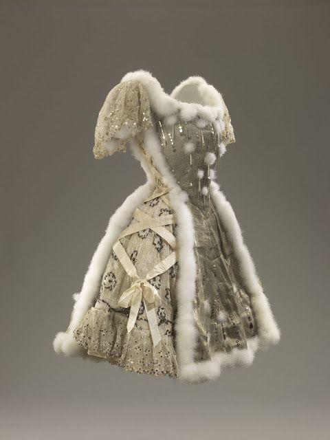1909 Costume La Mer de Glace.