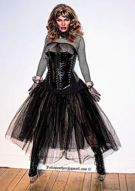 Gothic bride in fetish latex corset and boots | Makeup by Ja… | Flickr