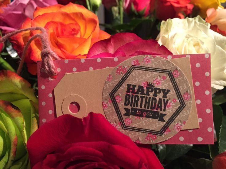 Handgemaakt kaartje 'Happy Birthday' van Bloemenweelde-Amsterdam.nl