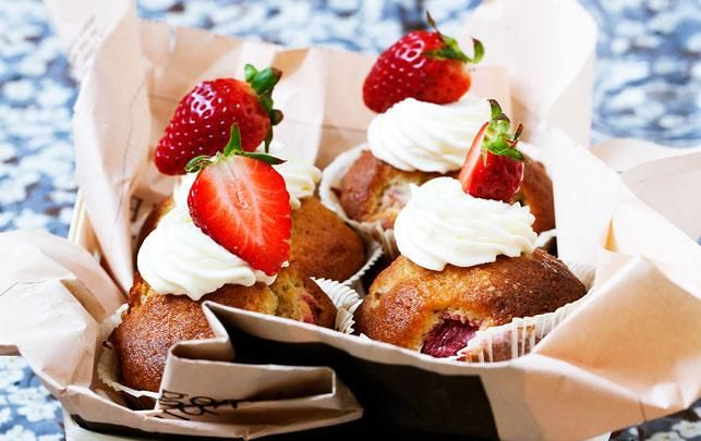 Rabarbermuffins med topping