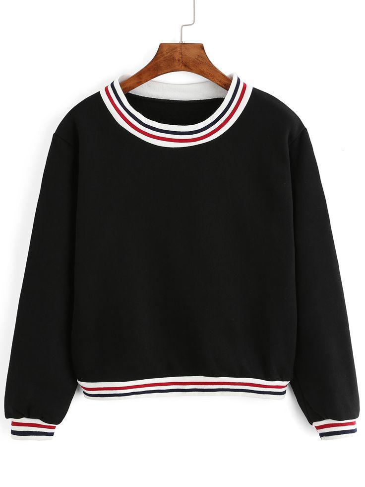 kurzes Sweatshirt mit Streifen - schwarz 16.98                                                                                                                                                                                 Mehr