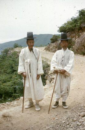 호주인들이 담은 일제강점기부터 1970년대까지의 부산의 모습(화보) | HuffPost Korea