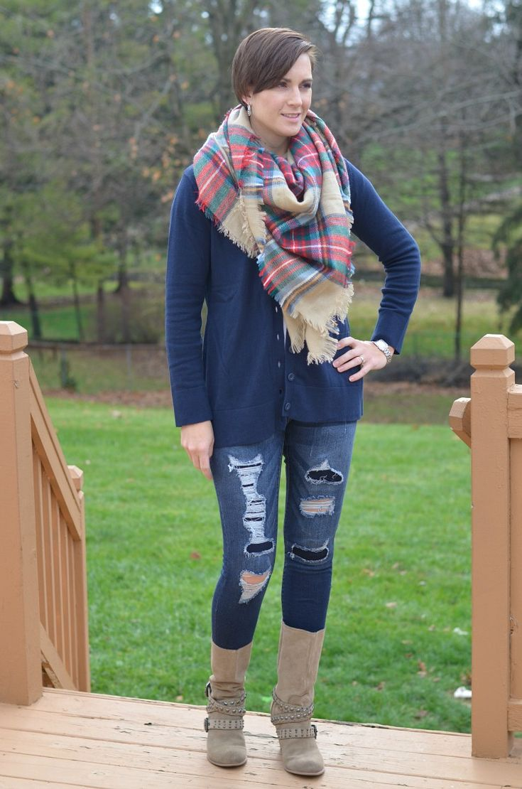The 25  best Boyfriend cardigan outfit ideas on Pinterest | Casual ...