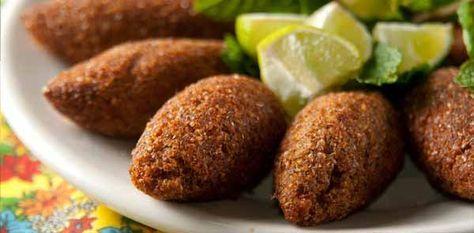 Essa noite resolvi convidar alguns amigos e fazer uma noite árabe aqui em casa. Fiz essa receita de kibe frito, todos gostaram. Receita de Kibe Frito.