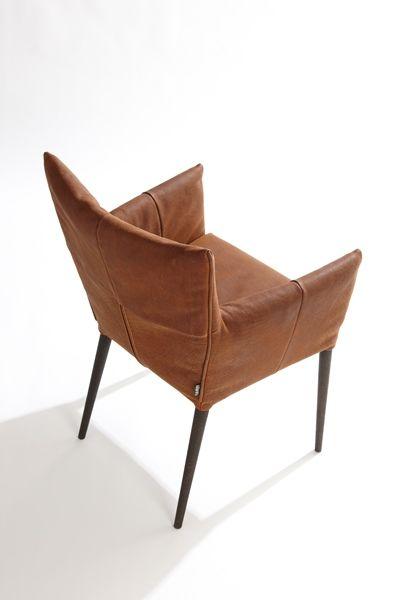MALI, de comfortabele eetkamerstoel van Label, design natuurlijk Gerard van den Berg, bij ons in de showroom!