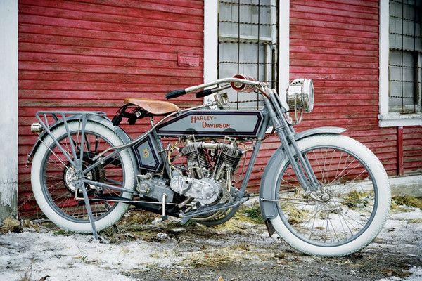 "1915 Harley-Davidson ""motor-bicycle"". Model 11-F. Credit: David Blattel, Motorbooks."