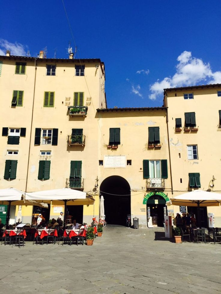 Daytrip in beautiful Lucca - Dagje in Lucca reistips in Italië van Foodblog Foodinista
