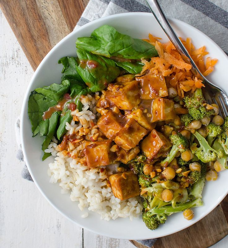 Buddha bowl au tofu