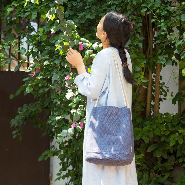 Ucuz 2015 yeni kadın pamuk keten kumaş çanta yapımı bayanlar büyük kısa çanta eski bir omuz kanvas çanta paketi, Satın Kalite omuz çantaları doğrudan Çin Tedarikçilerden: 2015 women leather canvas handbags ladies vintage designer cross bodys bags for women shoulder bags female handbags tote