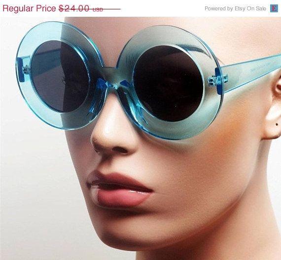 HELLO AUTUMN VTG Deadstock 90's Clear Baby Blue Club Kid Circular Frame Sun Glasses