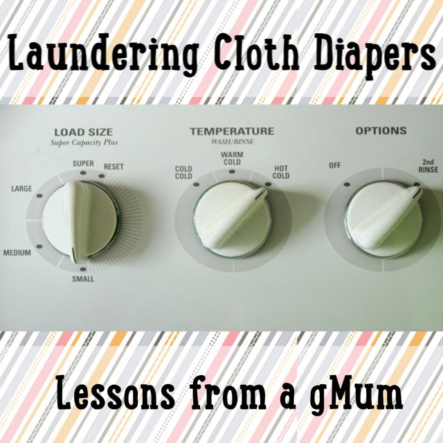 How to wash cloth diapers-- gdiapers and more! Includes cloth diaper detergent recipe