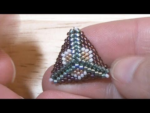 Peyote Stitch triangle: Post earrings with Peyote triangles #Seed #Bead #Tutorials
