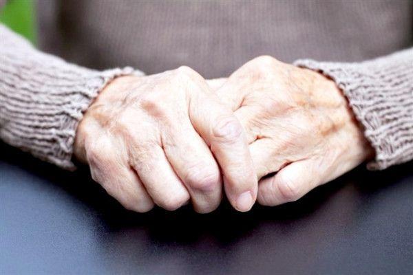 tratament artrita maini