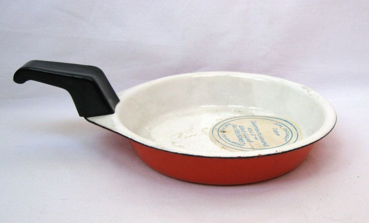 "Vintage pan for eggs Double layer of enamel and ceramic insulation Marked ""Oborishte"" 1979 year by IvanaSVintageGallery on Etsy"
