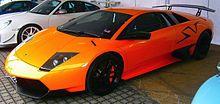 Murciélago LP 670-4 SuperVeloce (2009-2010) [ editar ]   El Lamborghini Murciélago LP 670-4 SuperVeloce En el 2009 Geneva Motor Show , Lamborghini dio a conocer la versión final del Murciélago, el LP 670-4 SuperVeloce. [14] El apodo SV habían aparecido previamente en el Diablo SV , y Miura . SV variantes son más extremas y orientado pista, y se liberan al final del ciclo de producción de cada modelo. [15]  V12 del SuperVeloce produce 670 CV (493 kW; 661 CV) a 8000 rpm y 660 Nm (490 lbf ·…