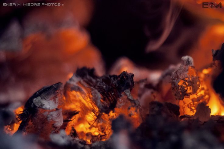 Fuego by Enea H. Medas  on 500px