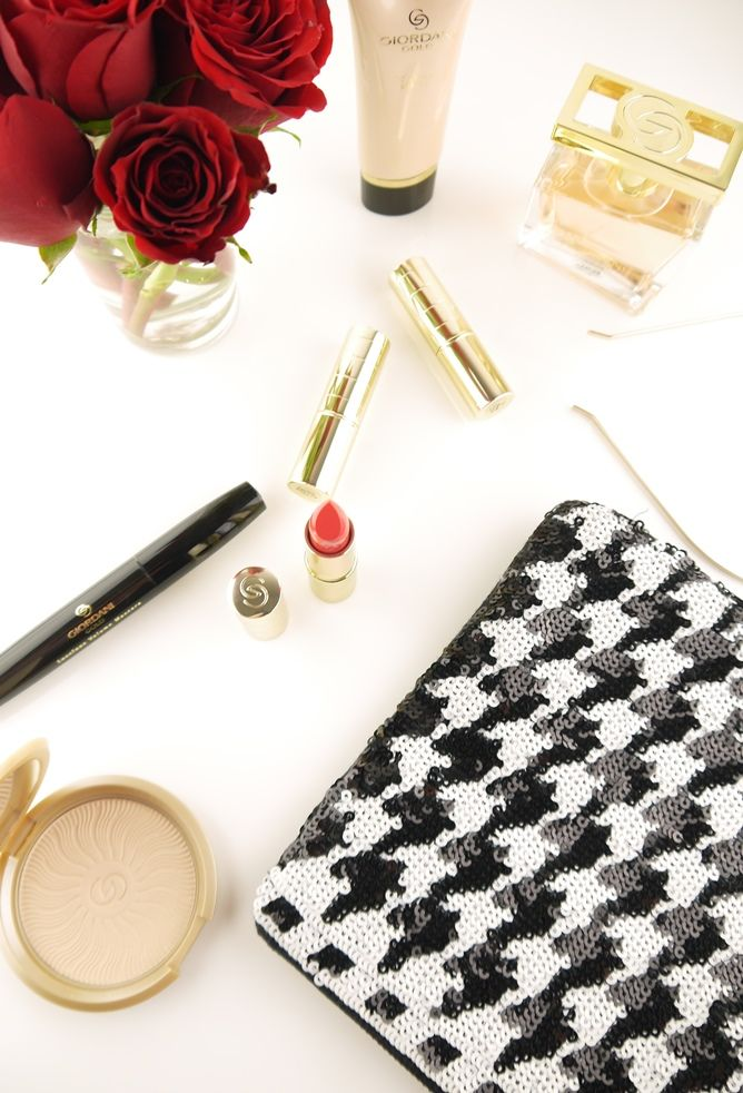 Oriflame Giordani gold Portofino Lipstick Raspberry blush / red roses / Accessorize clutch in black & white
