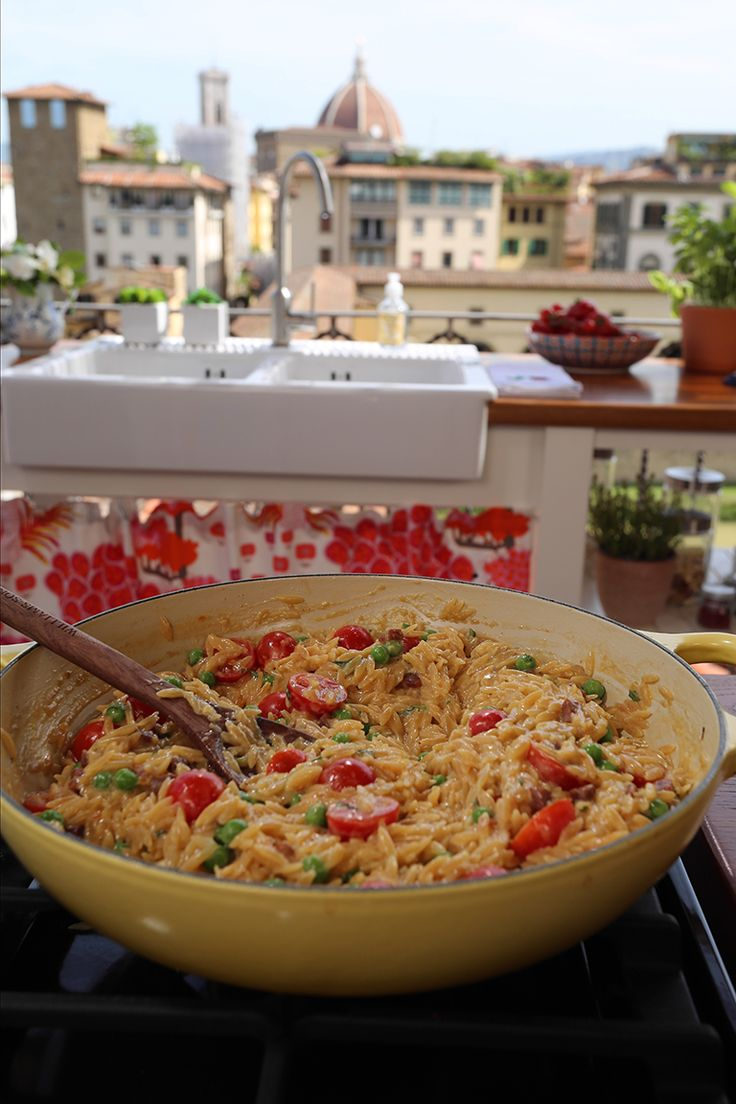 One Pot Creamy Creamy Orzo with Prosciutto and Peas | Giada De Laurentiis | Giada In Italy