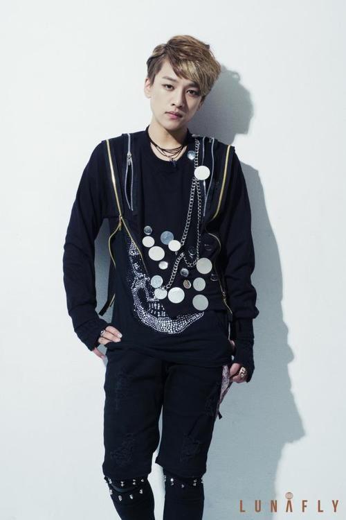 画像 : 【K-POP】LUNAFLY、YUN(ユン)の画像【100枚以上】 - NAVER まとめ