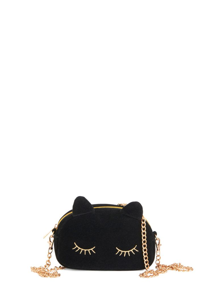 Lovely and Lush Bag. 'Purr'-fect your ensemble by slinging this black cat-shaped bag over your shoulder! #black #modcloth