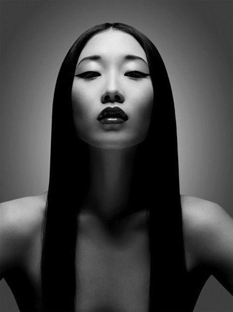 "erotism ""fashion photography"" | YIQING YIN UMA ESTILISTA DE SUCESSO | 40 Forever"