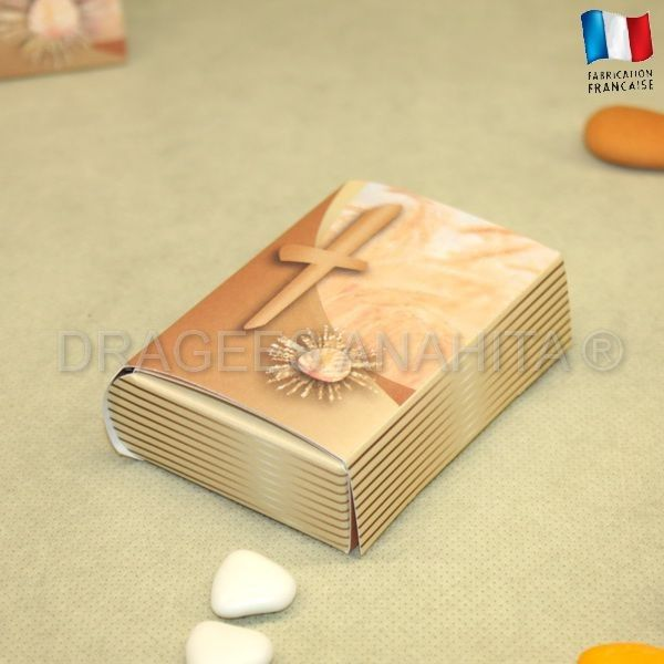 91 best images about drag es communion on pinterest for Boite a couture tres originale