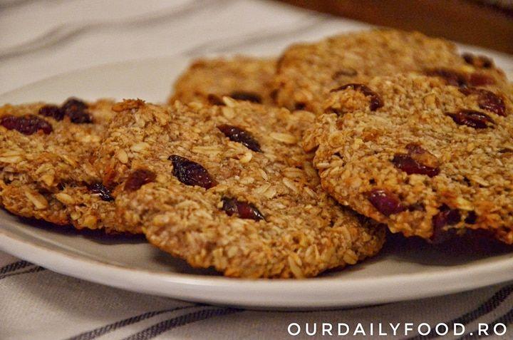 Biscuiti vegani multicereale fara zahar si fara faina