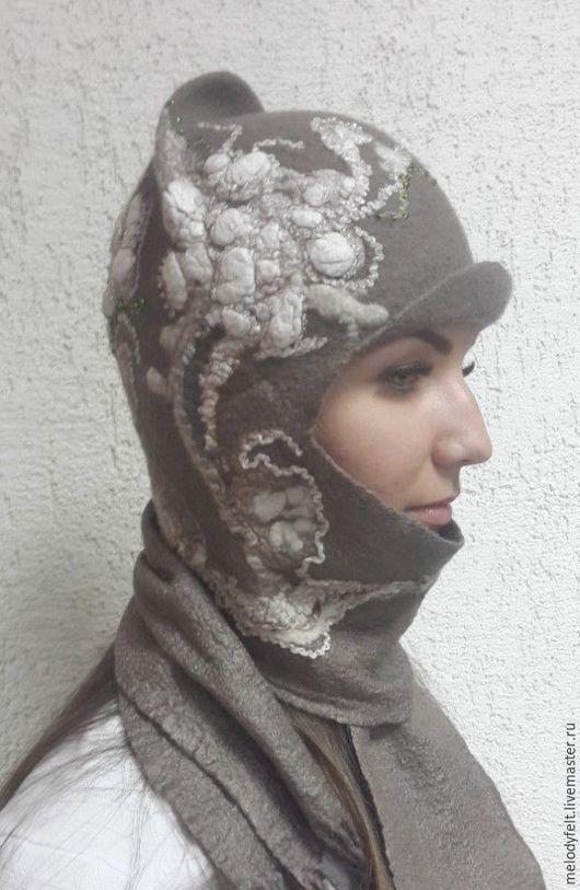 Шапки ручной работы. Оригинальная шапочка с шарфами. Лариса Агеева Мелодия войлока  (MelodyFelt). Интернет-магазин Ярмарка Мастеров. Абстрактный