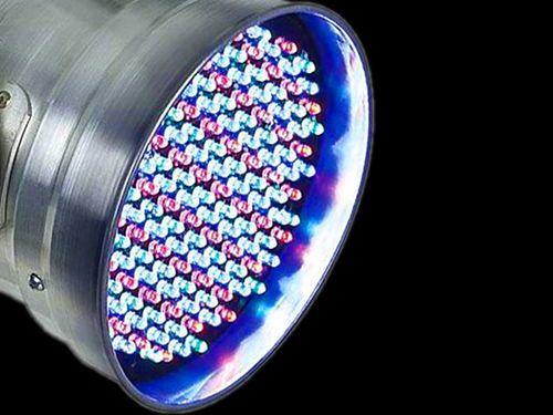 O PREÇO BAIXOU! Canhão LED PAR 56 RGB DMX Áudio-Rítmico: de R$ 179 por apenas R$ 168,90 em http://www.aririu.com.br/canhao-par-56-refletor-de-led-rgb-dmx-audioritmico-bivolt_158xJM