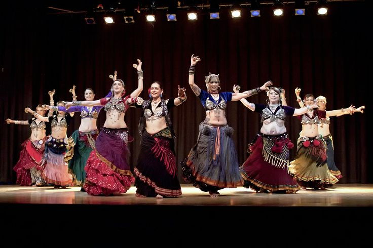 danse du ventre et robes orientalesTribal Dancers, American Tribal, Belly Dance, Chances Bellydance, Bellydance Costumes, Bellydance Dance Vintage Dance, Tribal Bellydance, Dance Inspiration, Tribal Style