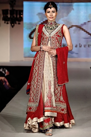 Fashion Show on occasion of Pakistan Fashion Design Council, PFDC opening their 1st Store in India (M-4, South Ex-2, Delhi), More Planned in other Indian Metros, and PFDC invites Indian Designers to sell at their Stores in Pakistan